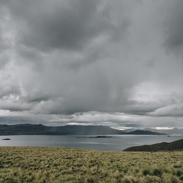 Post wedding in the highland of Peru - Elopement in Puno Peru
